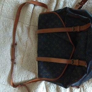 Authentic Louis Vuitton Samur 43